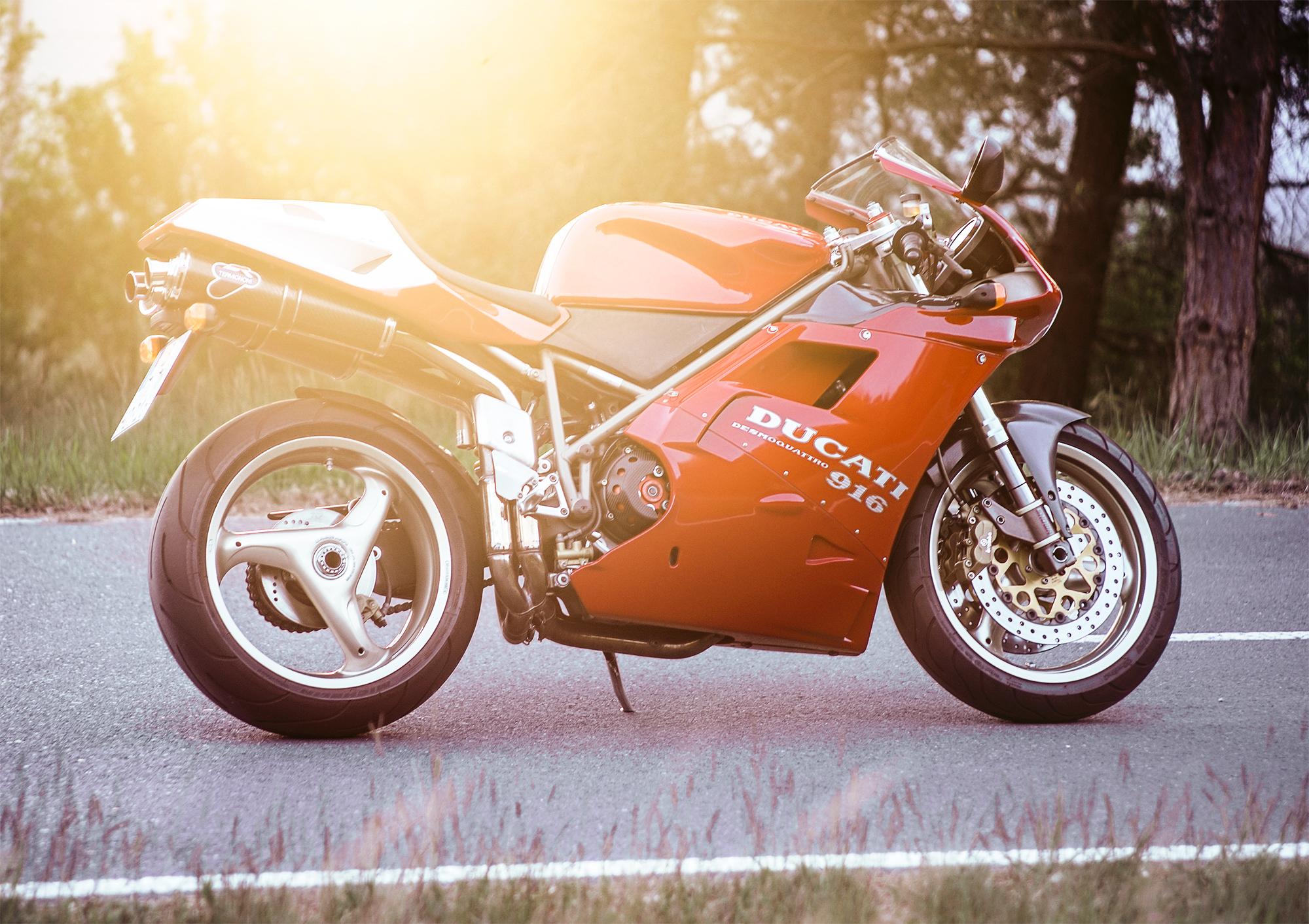 1995 Ducati 916 Strada - gone
