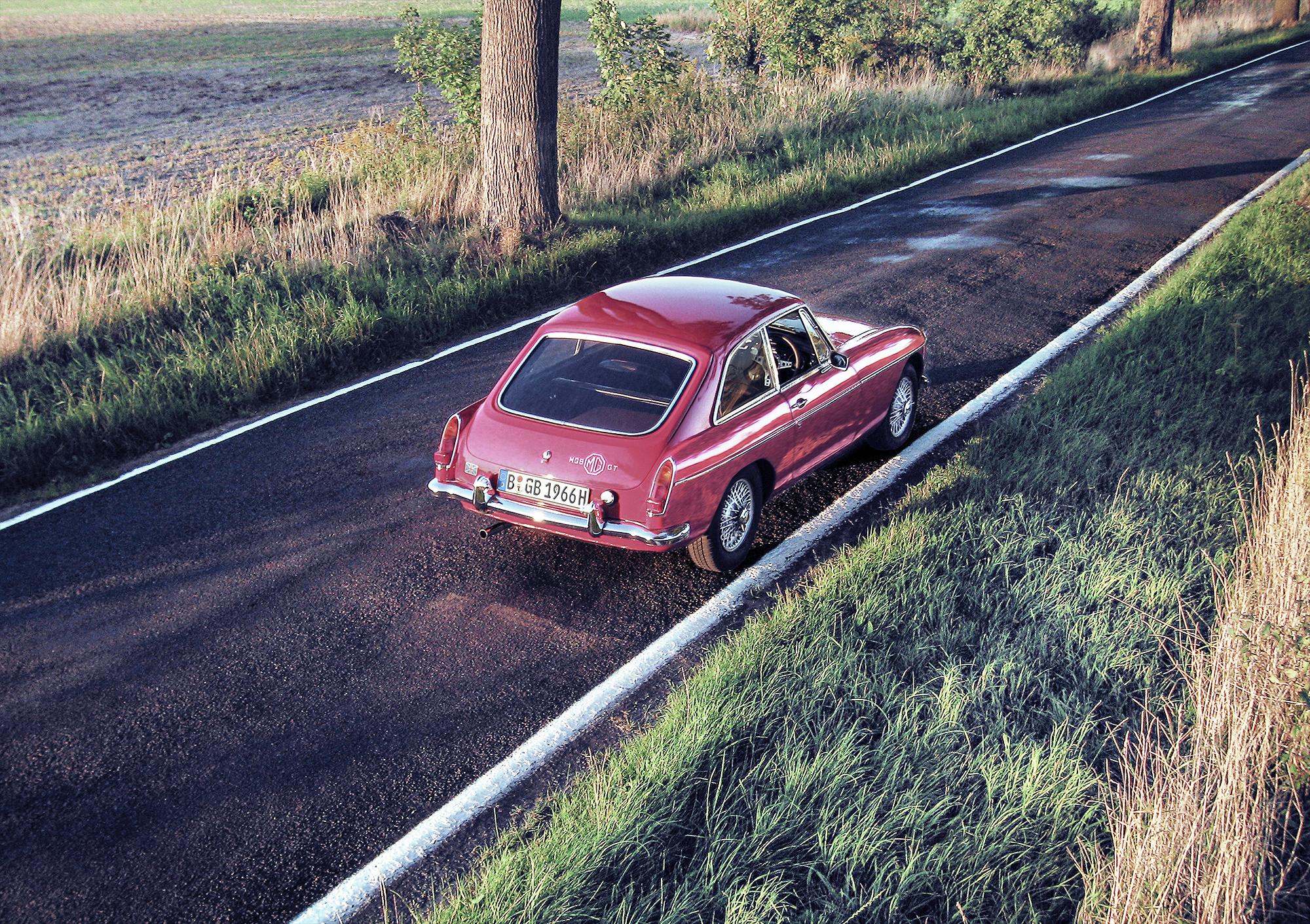 1966 MGB GT V8 Conversion